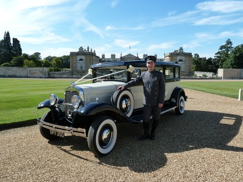 1931 Vintage Limousine Wedding Car Hire For Hire (picture 3 of 6)
