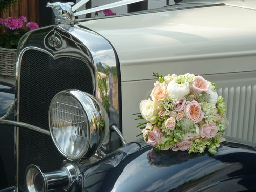 1931 Vintage Limousine Wedding Car Hire For Hire (picture 4 of 6)