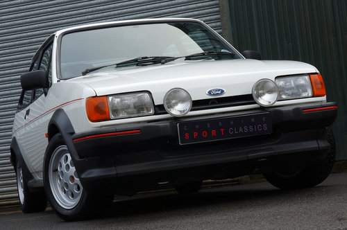 Ford Fiesta XR2, 1986, 32,000 miles, 1 owner from new, White SOLD (picture 3 of 5)