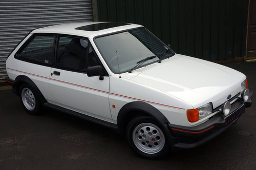 Ford Fiesta XR2, 1986, 32,000 miles, 1 owner from new, White SOLD (picture 4 of 5)