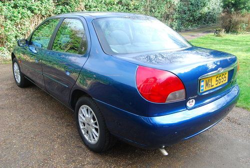 2000 Ford Mondeo 2.0 Ghia 50,043 miles fsh all Ford dealer SOLD (picture 3 of 6)