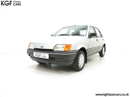 1992 A Delivery Mileage Ford Fiesta Mk3 1.4 Ghia with 137 miles! SOLD (picture 2 of 6)