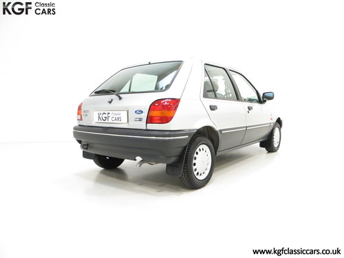 1992 A Delivery Mileage Ford Fiesta Mk3 1.4 Ghia with 137 miles! SOLD (picture 5 of 6)