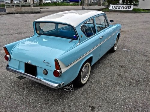 1962 Ford - Anglia 106E Deluxe FULLY RESTORED SOLD (picture 2 of 6)