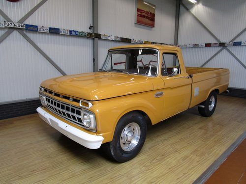 1964 Ford F250 Custom Cab V8 Pick Up For Sale (picture 1 of 6)
