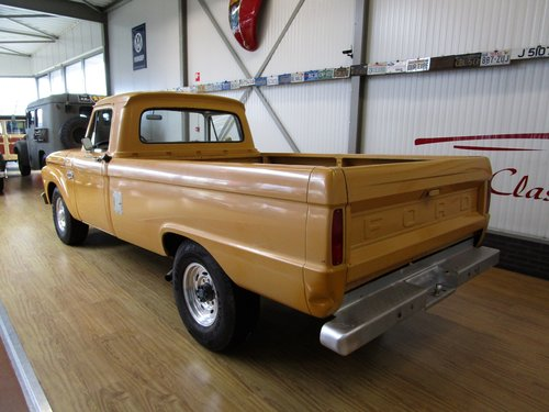 1964 Ford F250 Custom Cab V8 Pick Up For Sale (picture 3 of 6)