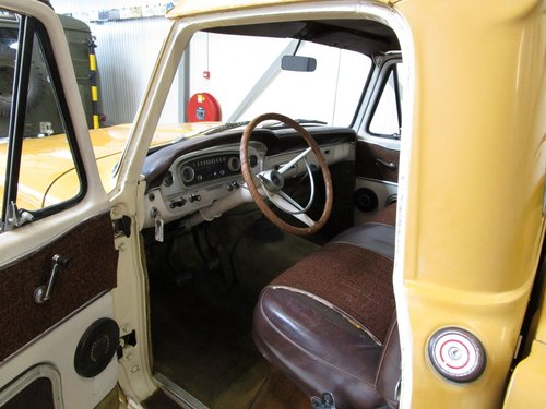 1964 Ford F250 Custom Cab V8 Pick Up For Sale (picture 4 of 6)
