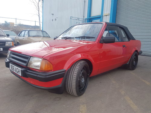 1984 Ford Escort Cabriolet - 1.8 Zetec For Sale (picture 2 of 6)