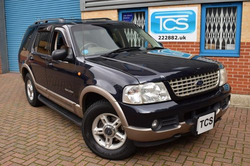 2003 RHD Ford Explorer 4.6i V8 7-Seater Automatic SOLD (picture 1 of 6)