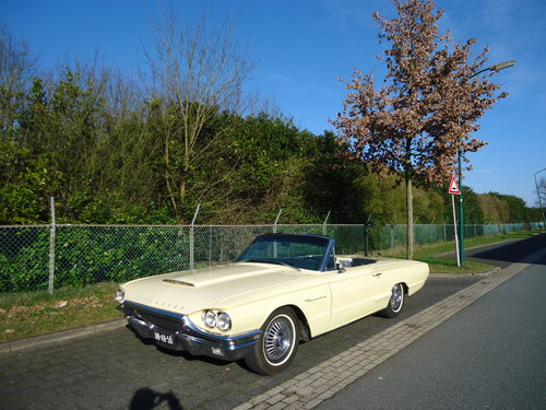 1964 Ford Thunderbird 390 V8 Convertible Phoenician Yellow For Sale (picture 1 of 6)