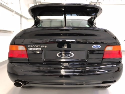 1992 Stunning Escort Cosworth RS - Black - NOW RESERVED  (picture 3 of 6)