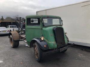 1945 Original 7V. Fordson. V8 , parked 40 years