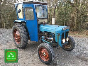 1963 FORDSON DEXTA ROAD REG DRIVE AWAY VINATGE TRACTOR SEE VIDEO SOLD