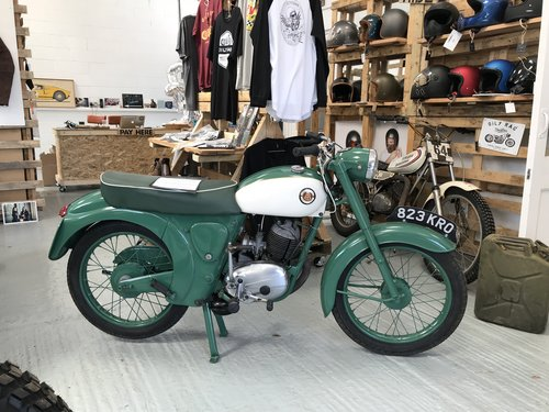 1962 A restored Francis Barnet Plover 150cc 2 stroke For Sale (picture 1 of 6)