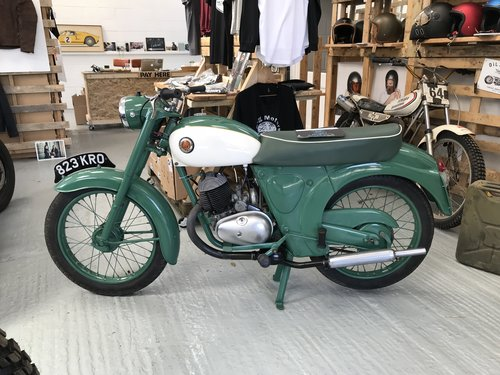 1962 A restored Francis Barnet Plover 150cc 2 stroke For Sale (picture 4 of 6)