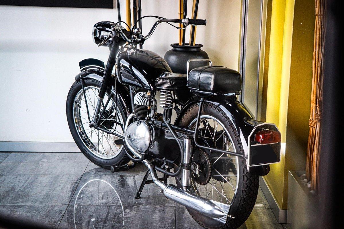 Vilar 1954 motor Villiers 125cc  For Sale (picture 1 of 6)