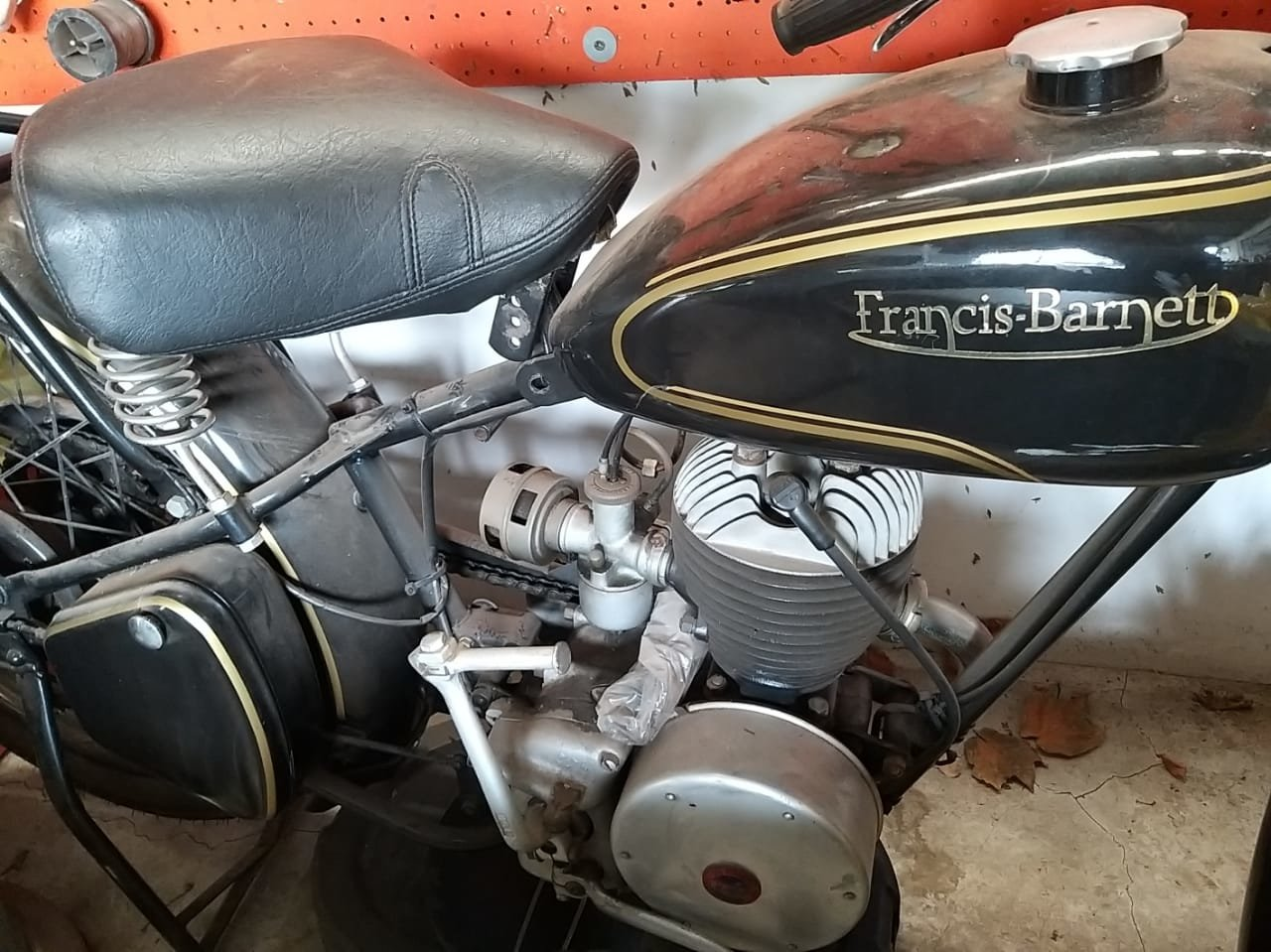 1952 Francis Barnett Motorcycle For Sale (picture 2 of 6)