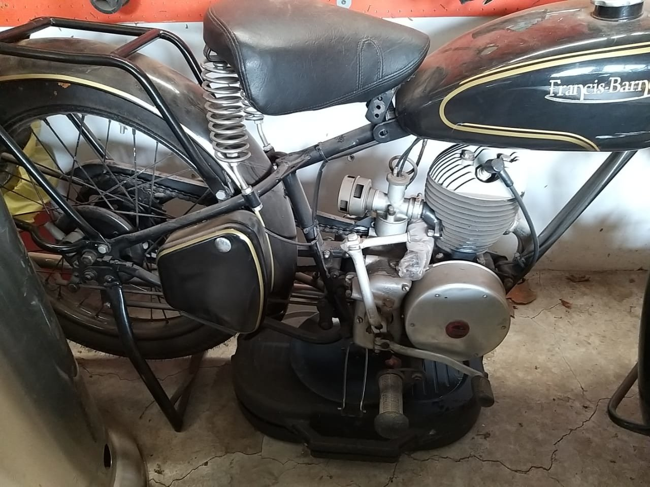 1952 Francis Barnett Motorcycle For Sale (picture 5 of 6)
