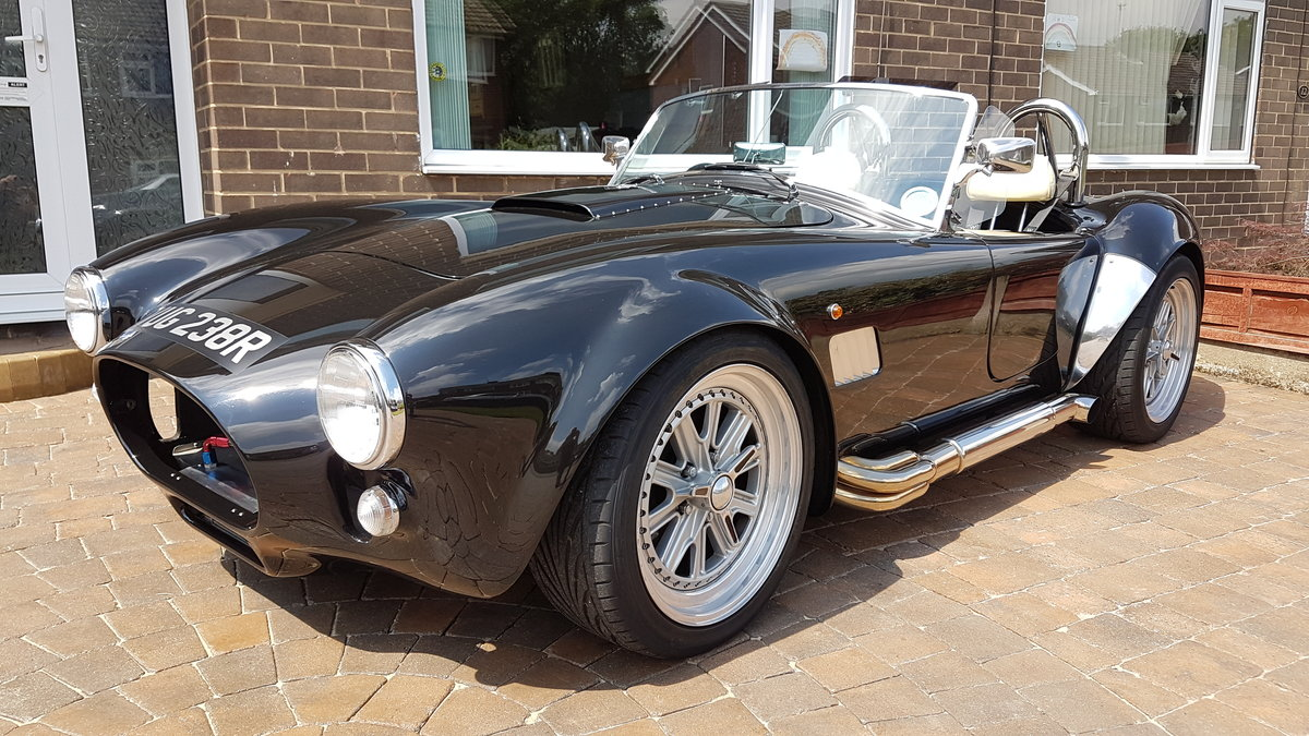 1977 AC Cobra Replica with Stainless Side Pipes SOLD (picture 1 of 6)