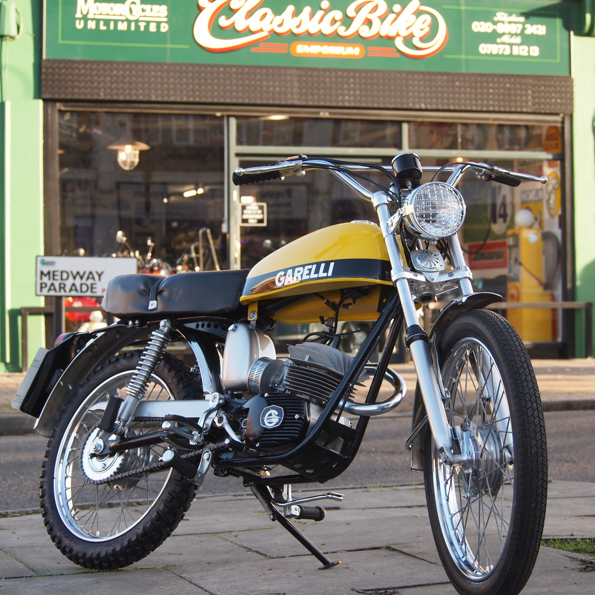 1975 Rare Radial Cylinder Head Garelli Tiger Cross With Pedals SOLD (picture 1 of 6)
