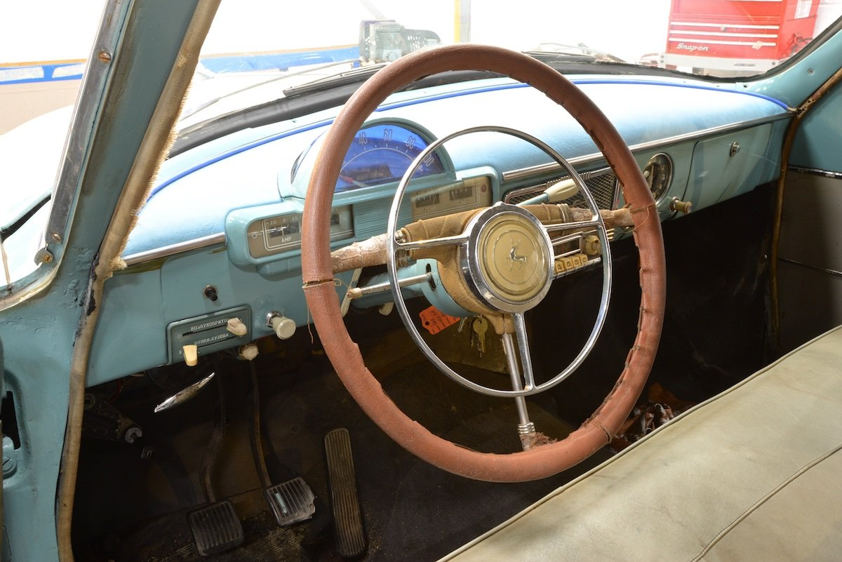 1960 Volga M21 – UK Export Model For Sale (picture 3 of 6)