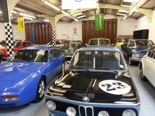 Black & White Classics, Rugeley, Staffordshire For Sale (picture 3 of 6)