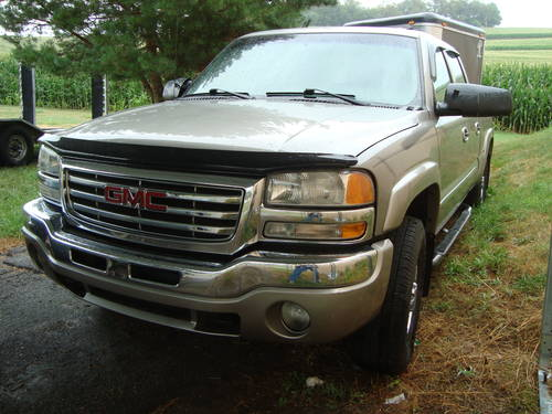 2003 GMC Sierra 4x4 4DR Pickup For Sale (picture 1 of 6)