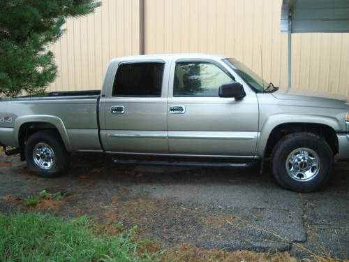 2003 GMC Sierra 4x4 4DR Pickup For Sale (picture 2 of 6)
