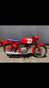 1970 Gilera ~ 124 ~ Superb