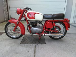 1963 MotoBike Gilera 300B restored with documents
