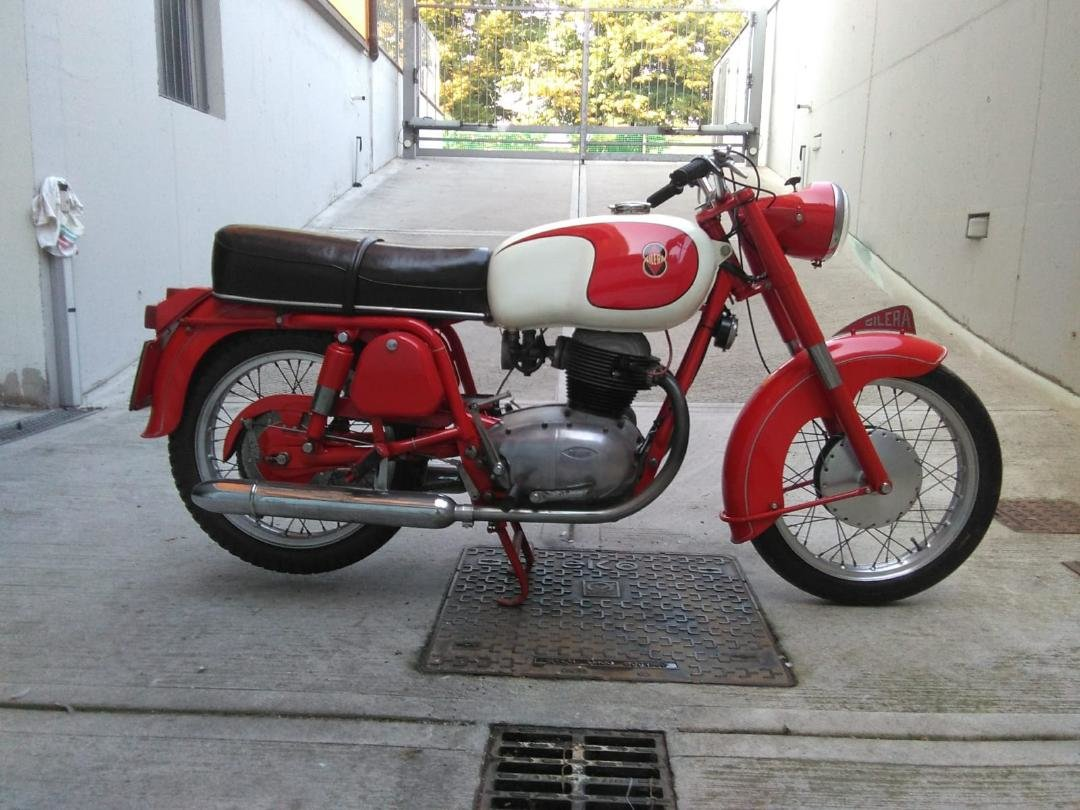 1963 MotoBike Gilera 300B restored with documents For Sale (picture 2 of 2)
