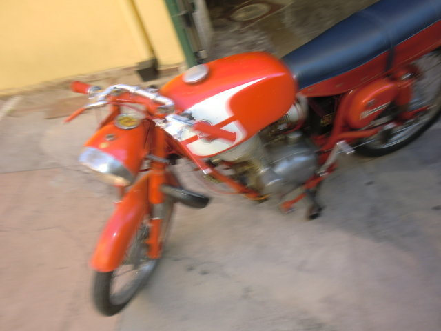 1960 Vintage gilera 125 For Sale (picture 1 of 4)