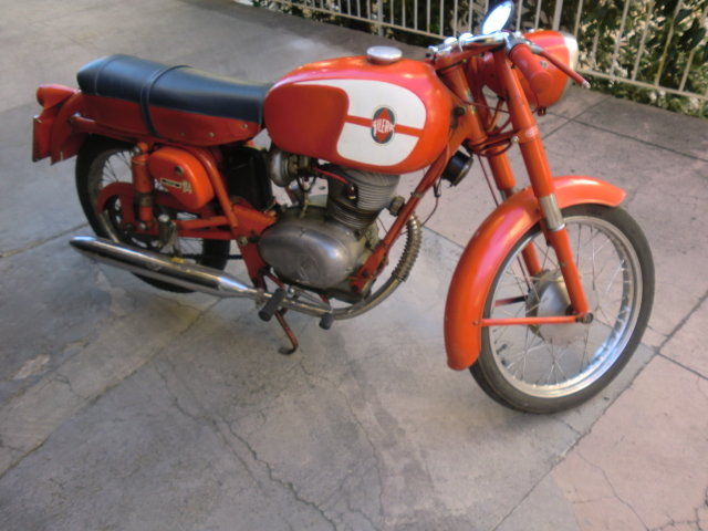 1960 Vintage gilera 125 For Sale (picture 2 of 4)