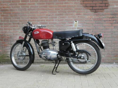 1953 Gilera 150 Sport Low miles For Sale (picture 4 of 6)