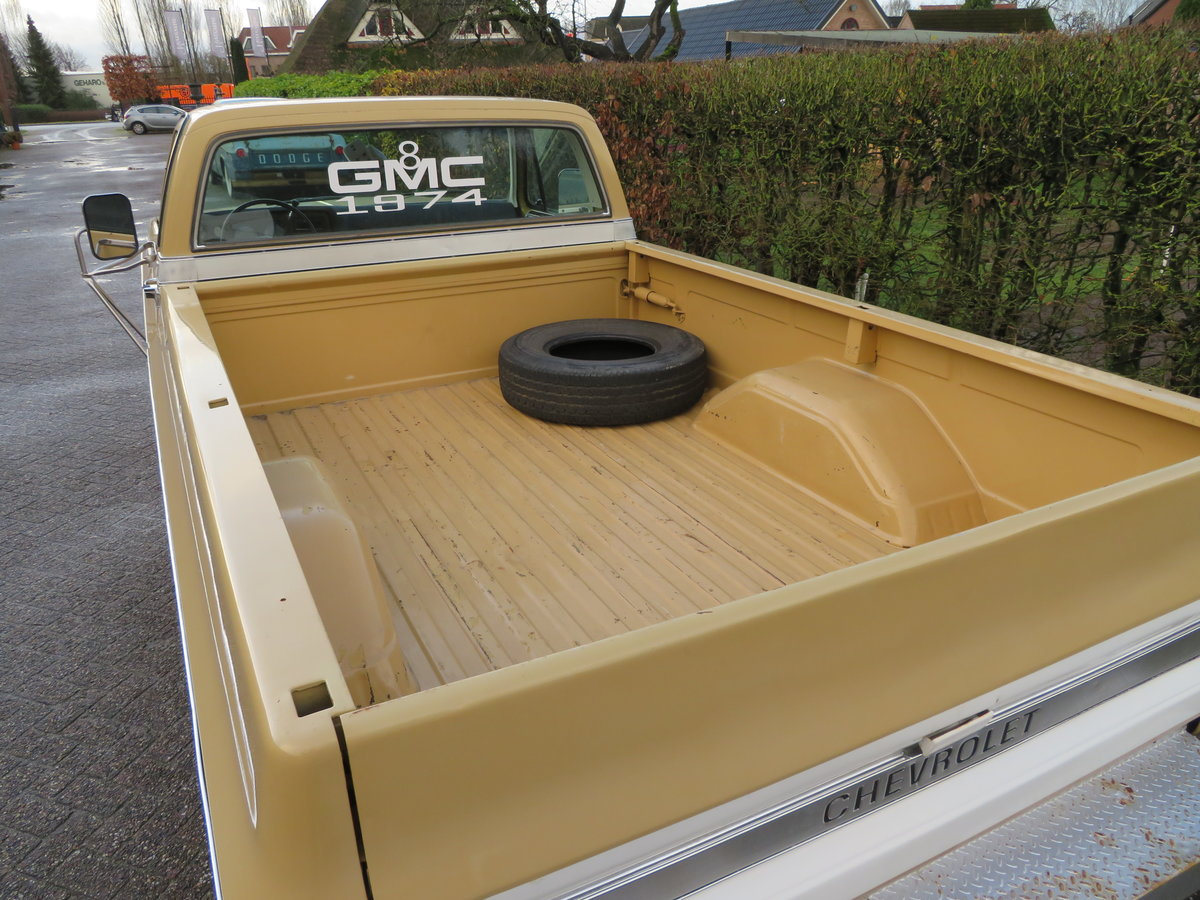 1974 GMC 25 Hundred / Chevrolet C20 For Sale (picture 4 of 6)
