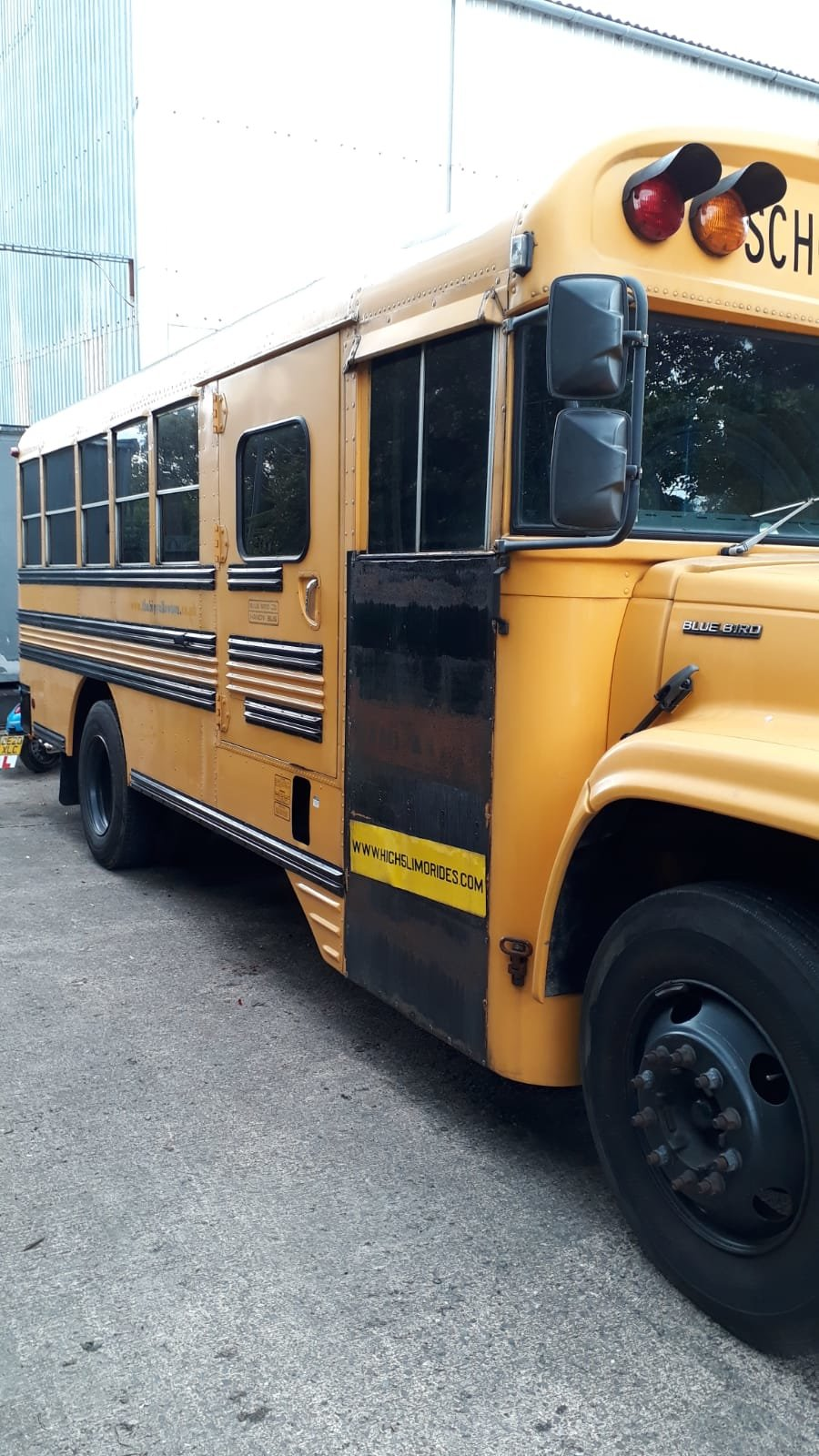 1999 GMC Bluebird American School Bus  For Sale (picture 2 of 6)