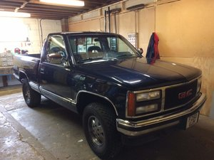 Picture of 1989 Gmc Sierra k1500 5.7 4x4 short box pick up