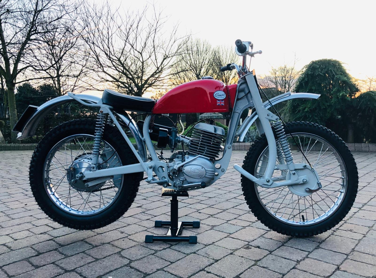 Greeves Anglian 250 -2 stroke 1966 For Sale (picture 2 of 6)