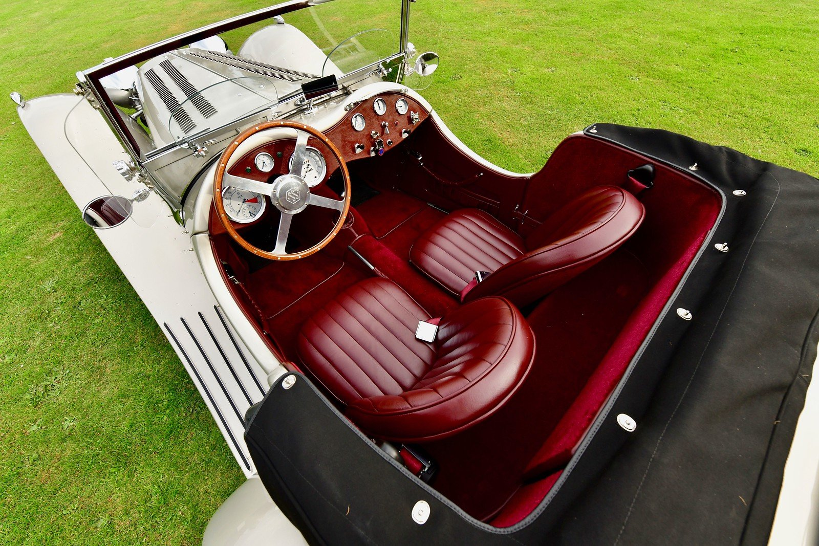 1964 Jaguar SS100 By Suffolk, Left Hand Drive For Sale (picture 4 of 6)