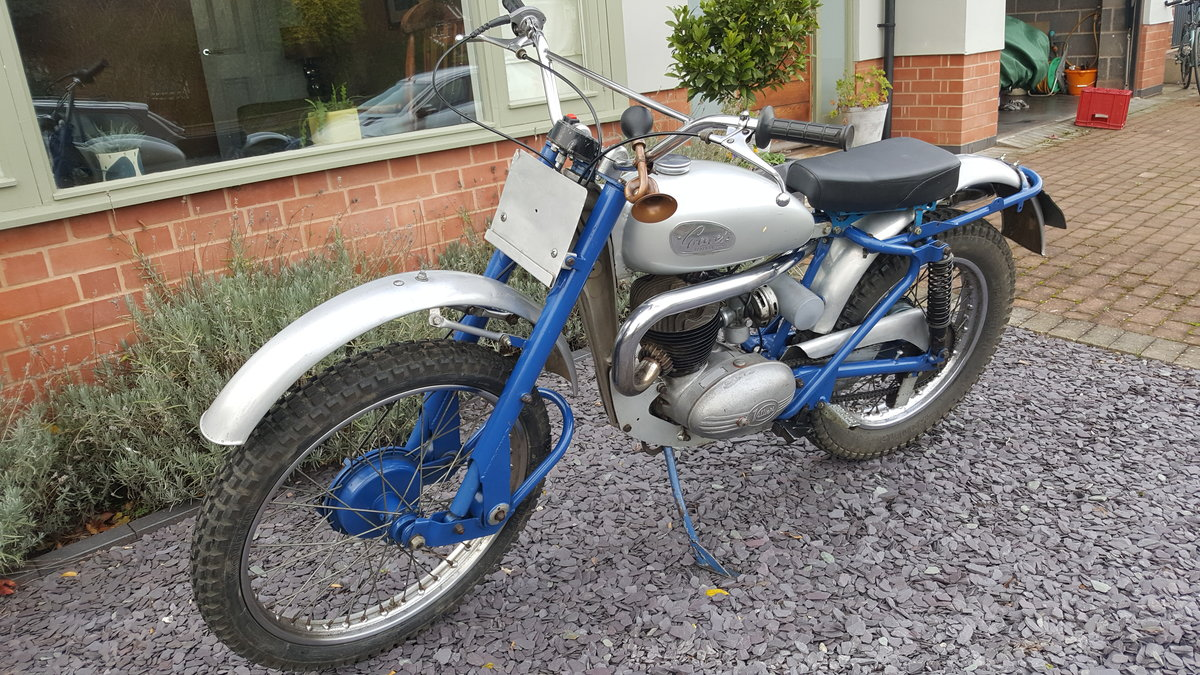 1959 Greeves Scottish 250 Trials road registered  For Sale (picture 2 of 6)