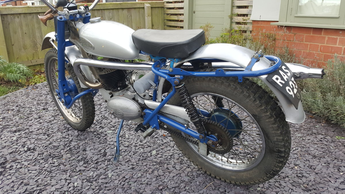 1959 Greeves Scottish 250 Trials road registered  SOLD (picture 3 of 6)