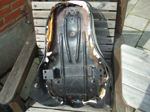 Harley Buddy seat. For Sale (picture 2 of 4)