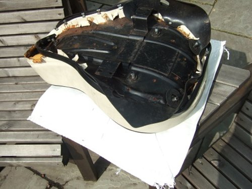 Harley Buddy seat. For Sale (picture 4 of 4)