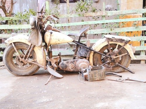 Knucklehead 1946 Project For Sale (picture 1 of 6)