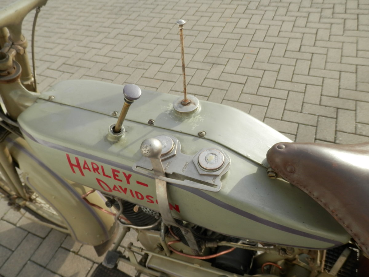 Barn find 1920 Harley 1000cc J-Model SOLD (picture 4 of 6)