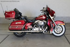 2005 HARLEY-DAVIDSON Ultra Electra glide For Sale by Auction
