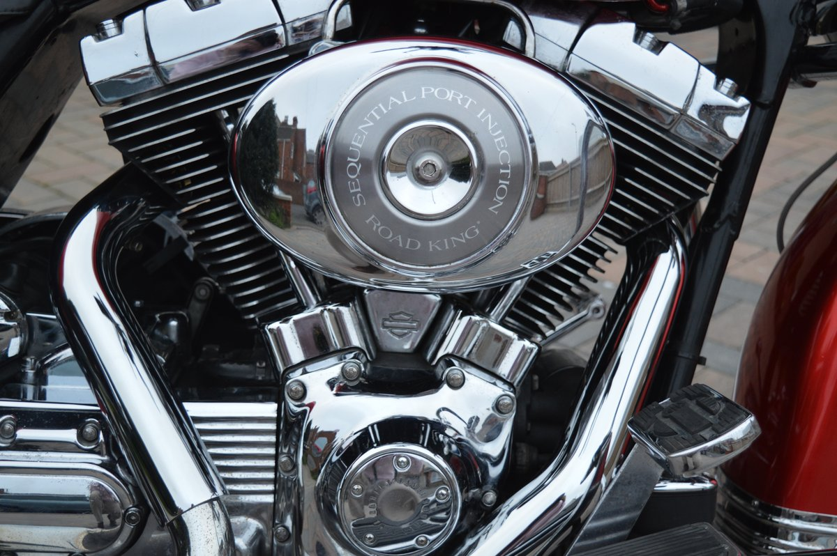 2000 Harley Davidson Road King for auction Friday 12th July  SOLD by Auction (picture 3 of 6)