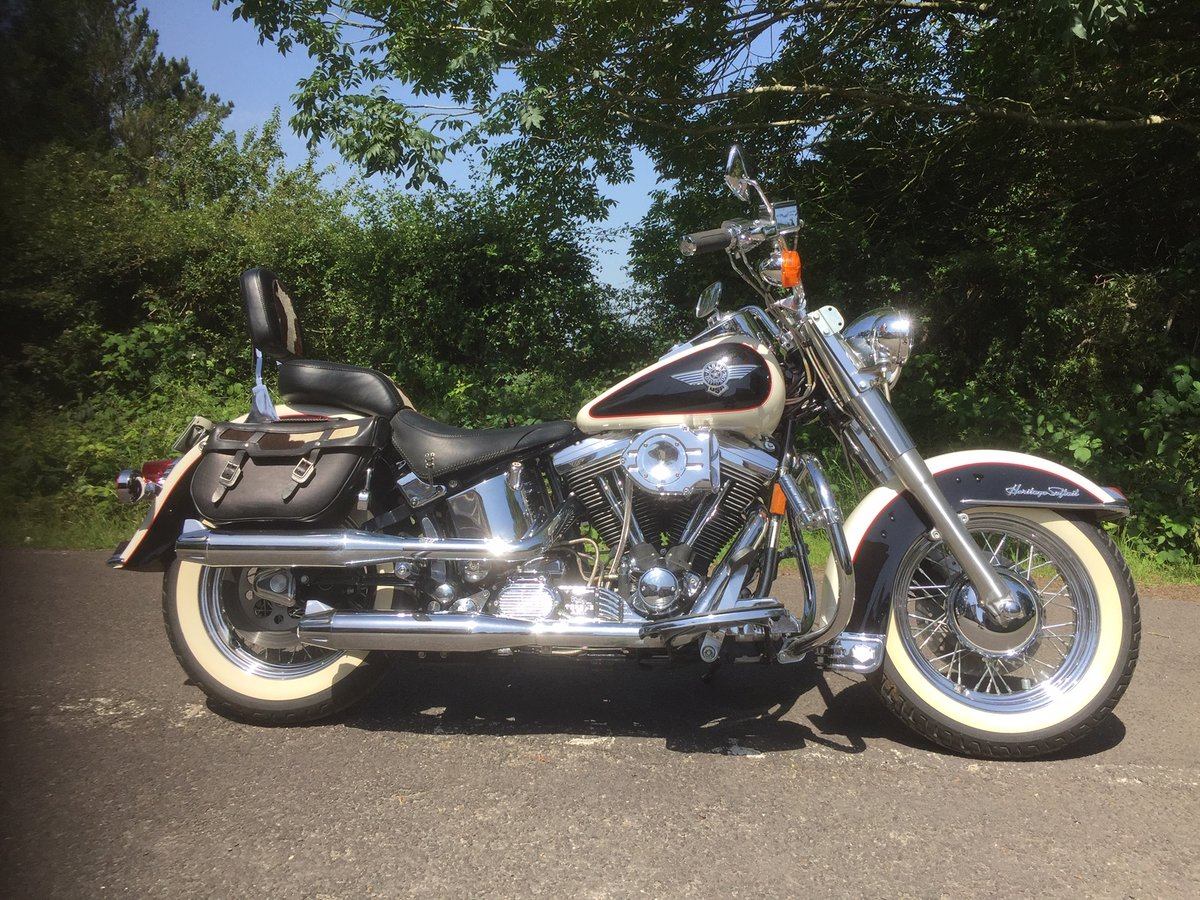 1993 Harley davidson Nostalgia Mooglide For Sale (picture 1 of 6)