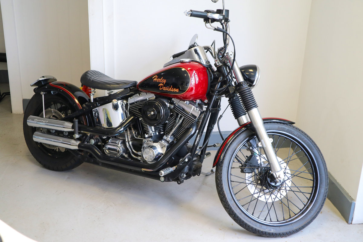 2002 Harley Fatboy Custom - 8500 miles SOLD (picture 1 of 2)
