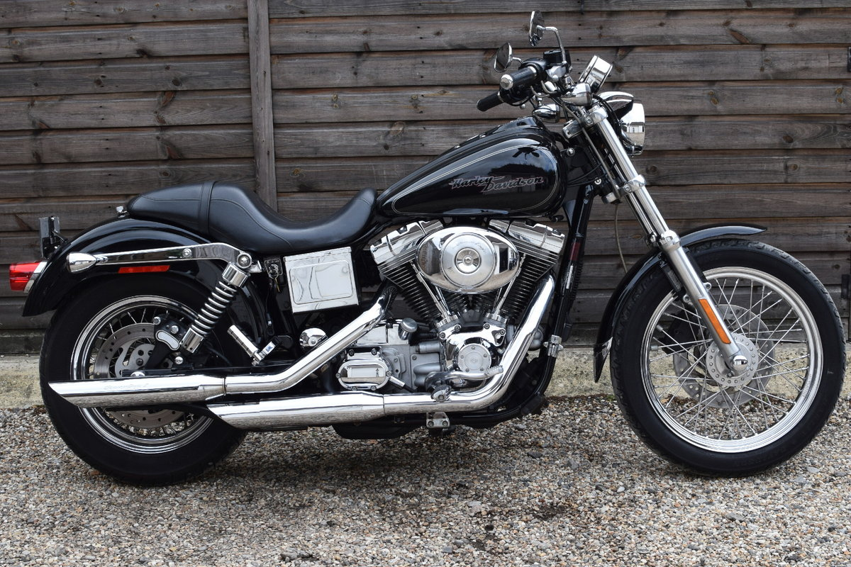 2005 Harley Davidson Dyna Super Glide Custom FXDCi (Stage 1) For Sale (picture 2 of 6)
